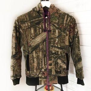 3/$20 Liberty Camouflaged Hooded Jacket Sz Medium